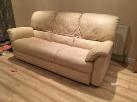 Cream leather sofa 🛋