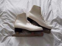Ladies Ice Skates (Figure Skates)