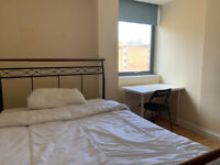 ** Lovely Double Room - Aldgate East E1 **