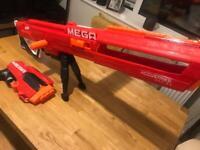 Nerf mega accustrike thunderhawk and mega tri break £14