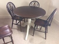 4 x Windsor Style Wheel back Chairs with round pedestal table