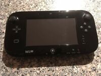 Nintendo WIiU 32gb Mario and Luigi Premium pack