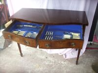 EDWARDIAN DRESSER WITH FULL 8 PIECE SETTING WALKER & HALL CUTLERY SET