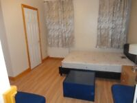 Refurbished Rooms and Flats to Rent - Central Swindon - Fully inclusive of all bills