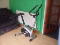PRO FITNESS EN 957 MAGNETIC EXERCISE BIKE