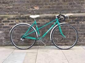 """Vintage Ladies PEUGEOT PARISIENNE Racing Road Bike - Restored 21"""" Frame - 10 Speed - 1980s Retro"""