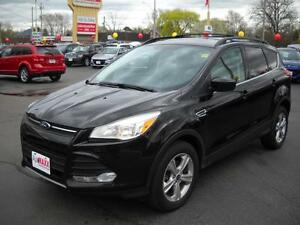 2013 FORD ESCAPE SE ECOBOOST - PANORAMIC SUNROOF, NAVIGATION, LE