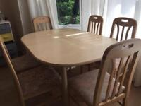 Table and 6 chairs dining set. Extendable