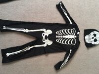 Children's skeleton Halloween outfit