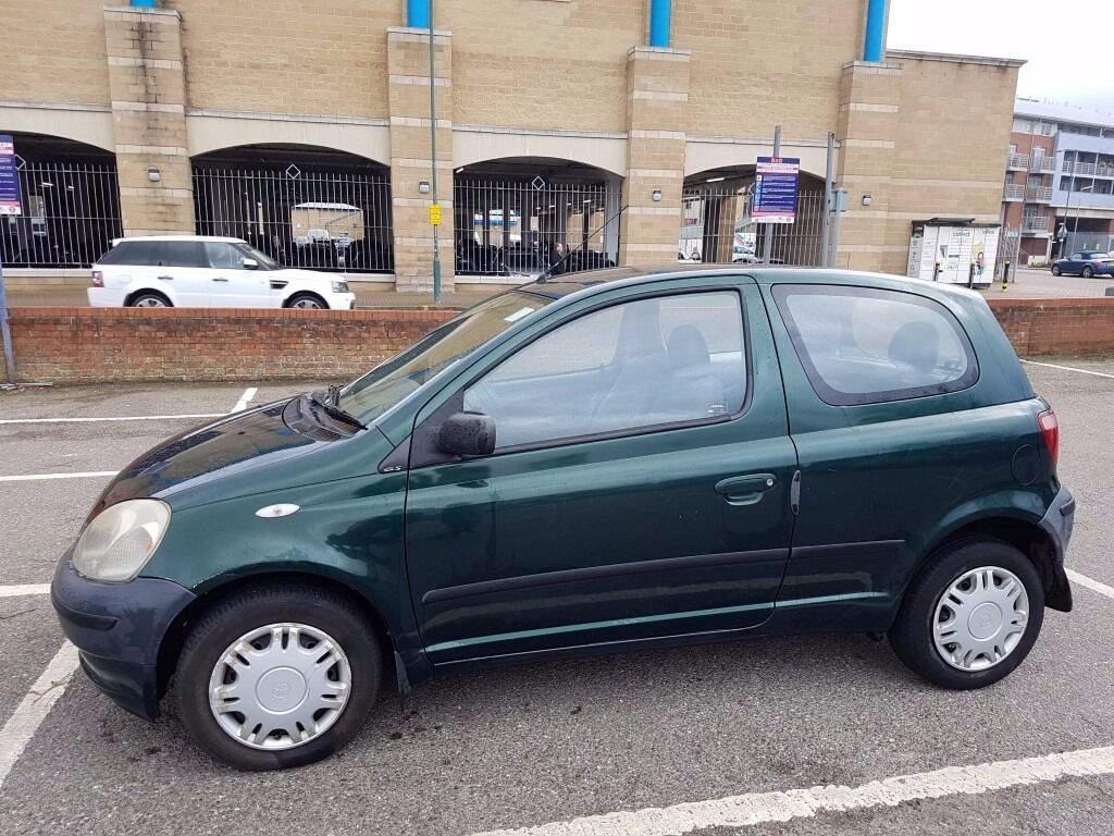 toyota yaris 1 0 2000 low milage in maidstone kent gumtree. Black Bedroom Furniture Sets. Home Design Ideas