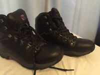 Walking boots, excellent condition (UK) 6 / 39.5