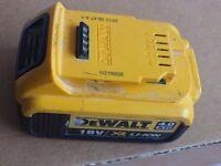 DEWALT 4Ah 18v baterry