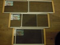 3 ADJUSTABLE WINDOW SCREENS (perfect in an apartment with pets