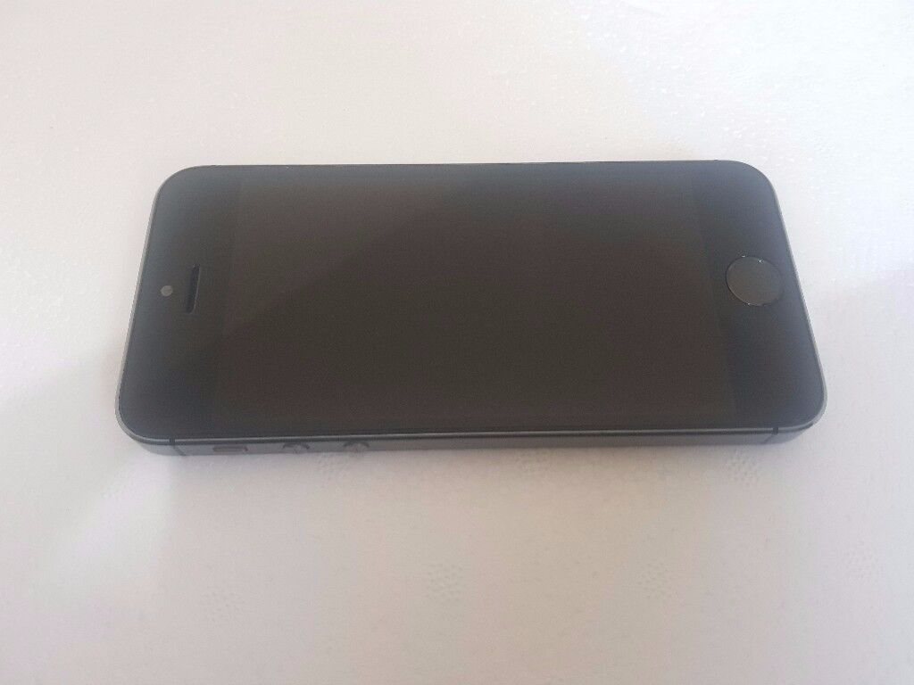 Apple iPhone 5s 16GB Space grey Vodafone UK in average condition with Fingerprint Sensor Fault