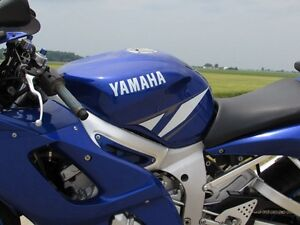 2001 yamaha  R6  Smooth, Clean, two good tires  Only $20/week London Ontario image 16
