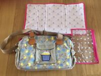 Baby Changing bag Pink Lining Yummy Mummy Excellent condition