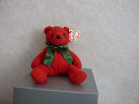 TY Babie Beanie 'Mistletoe' Bear born 2000
