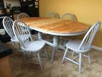Gorgeous shabby chic dining table and 6 chairs