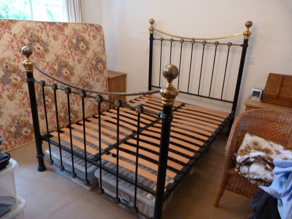Black and Brass Metal Antique Style Double Bed