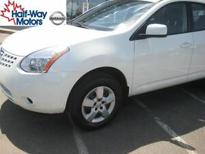 2009 Nissan Rogue S | Low kms and efficient!