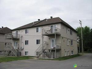 678 000$ - Triplex à vendre à Chomedey West Island Greater Montréal image 3