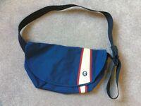 Crumpler Weenie (Messenger Bag)
