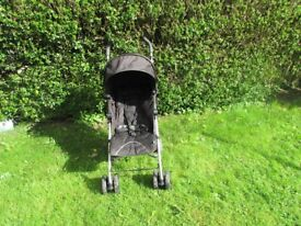 MAMAS AND PAPAS TOUR 2 STROLLER/BUGGY WITH RAIN COVER AND FOOTMUFF