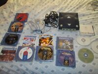 Sega Dreamcast Console bundle 8 games,demos,controller