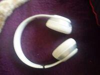 White beats solo head phones