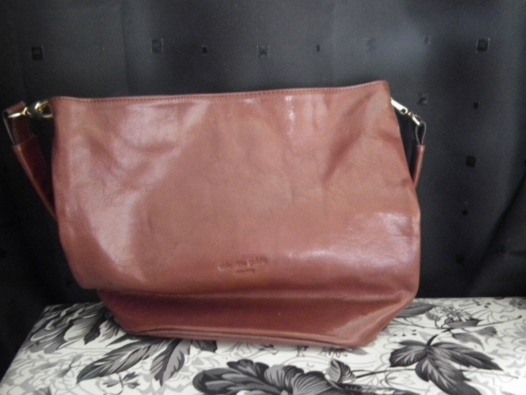 Real Leather Valentino Guido Handbag