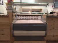 Refrigerated Counter 1040 x 900