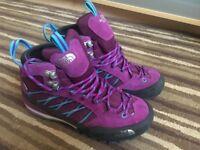 Women NEW North Face Walking Boots. (UK 4 / EU 37)