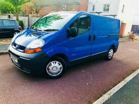 RENAULT TRAFIC 2700 DCI 100 BHP SWB 2005 147,000K 1 YEAR MOT FSH DRIVES ABSOLUTELY PERFECT MINT!