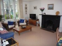LOVELY LARGE BRIGHT 1-2 BEDROOM FLAT IN PERIOD HOUSE CONVERSION, IN POPULAR TREE-LINED ROAD