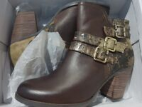 LAURA VITA ANGELINA 01 TAUPE ANKLE BOOTS UK SIZE 6