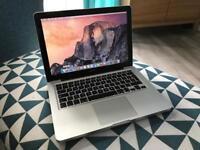 Macbook Pro 13-inch, Mid 2010, 4gb RAM, 250gb HDD, new battery