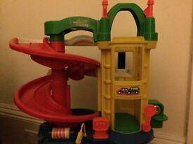 Little people car garage