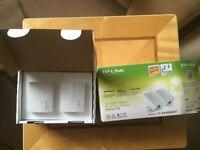 Tp-Link AV500 Nano Powerline Starter Kit TL-PA4010KIT - New