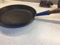 Le Creuset frying pan. Blue. Metal.