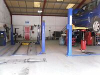 Mechanic wanted for busy MoT and Repair Centre in Three Legged Cross near Verwood