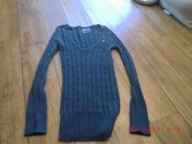 American Eagle jumper