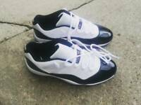 Jordans 11 retro low size 9uk