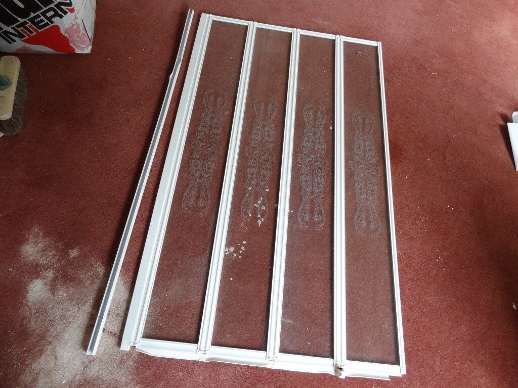 Folding Shower Door - Size: H141cm x W83cm