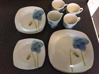 Blue poppy dinner set