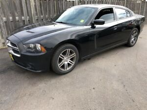 2014 Dodge Charger SXT, Automatic, Sunroof, Heated Seats