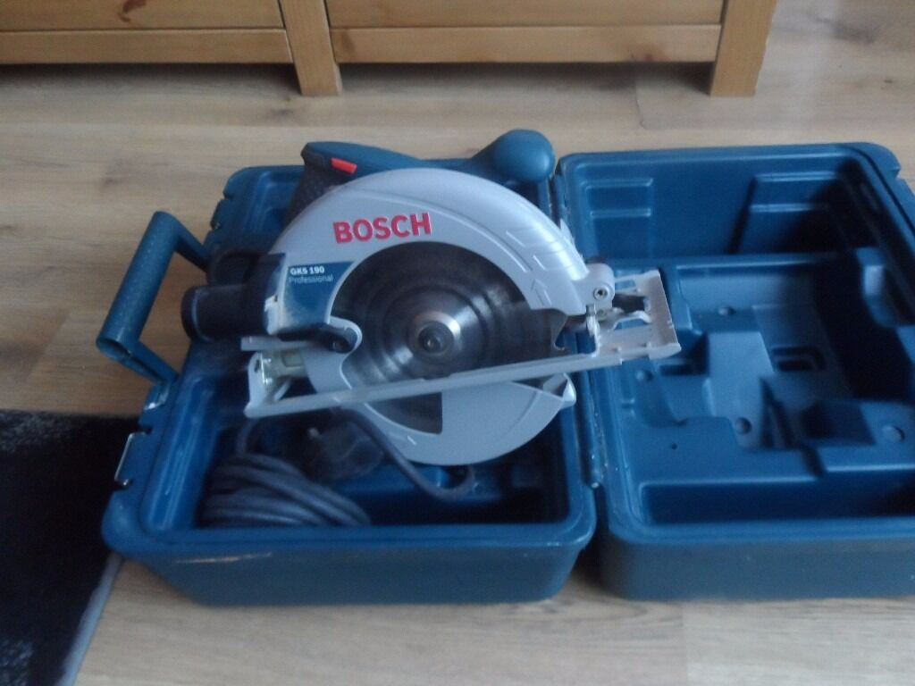 bosch gks 190 190mm circular saw in carry case 1400 watt 240 volt in seacroft west yorkshire. Black Bedroom Furniture Sets. Home Design Ideas