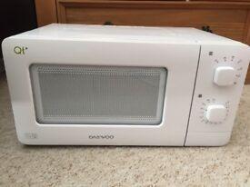Darwoo Qt 600w microwave