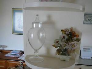 Vintage clear glass apothecary lidded  jar  Mid century Seaton Charles Sturt Area Preview