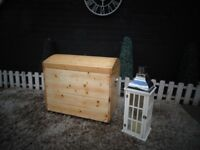 SOLID PINE FARMHOUSE BLANKET BOX VERY DEEP AND EXTREMELY SOLID
