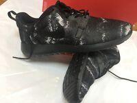 Brand New Mens Nike Roshe One KJCRD Shoes UK Size 10 (£35)